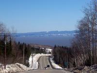Une plongée vers le fleuve Saint-Laurent à Petite-Rivière-St-François